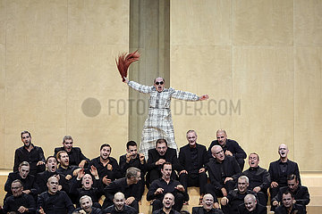 Komische Oper THE BASSARIDS