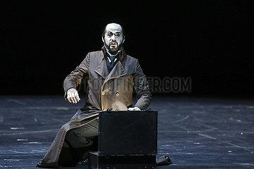 Deutsche Oper Berlin LES CONTES D'HOFFMANN