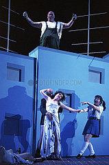 Komische Oper Berlin LE GRAND MACABRE