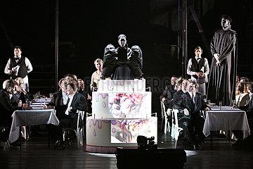 Deutsche Oper Berlin JEANNE D'ARC - SZENEN AUS DEM LEBEN DER HEILIGEN JOHANNA