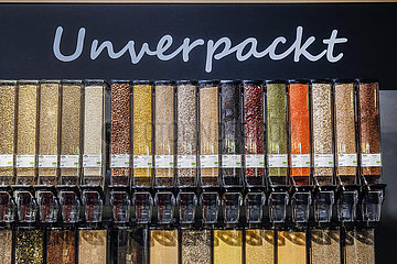 Unverpackt-Messestand im Bio-Markt  ANUGA Lebensmittelmesse  Koeln  Nordrhein-Westfahlen  Deutschland