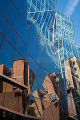 Sydney  Australien  Dr Chau Chak Wing Gebaeude der UTS von Frank Gehry