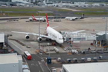 Sydney  Australien  Qantas Airways Airbus A380-800 Flugzeug auf dem Flughafen Kingsford Smith