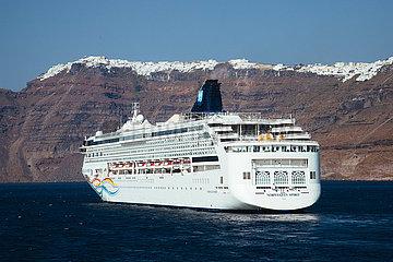 Kykladeninsel Santorini im Aegaeischen Meer
