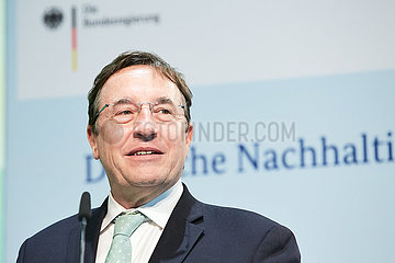 Berlin  Deutschland - Achim Steiner  Untergeneralsekretaer der Vereinten Nationen.