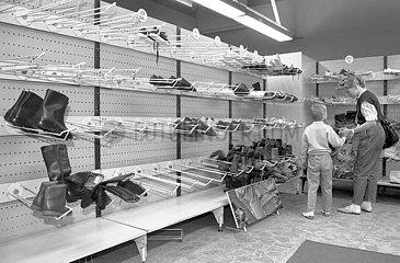 Kaufhaus Magnet  Dresden  DDR  1990