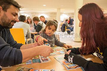 Interkultureller Dialog unter Spielern Stadtbibliothek