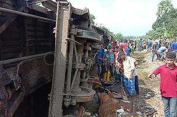 (SPOT NEWS) BANGLADESH-Brahmanbaria-TRAIN-CRASH