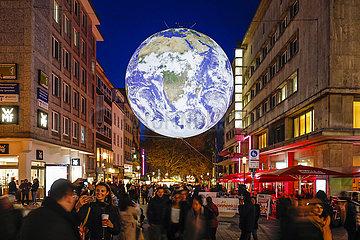 Essen Light Festival  Weltkugel GAIA  Essen  Ruhrgebiet  Nordrhein-Westfalen  Deutschland