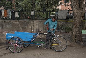 INDIEN-NEW DELHI-ALLTAG