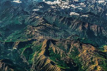 Luftaufnahme der Französischen Alpen