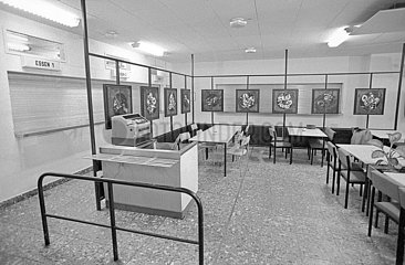 Kantine der Leipziger Stasizentrale  Dezember 1989