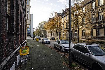 Problemviertel Gelsenkirchen-Bismarck mit leerstehenden Schrottimmobilien  Gelsenkirchen  Ruhrgebiet  Nordrhein-Westfalen  Deutschland