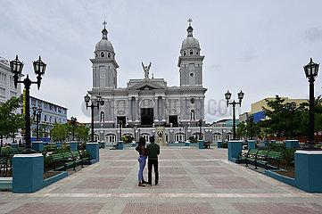 Kuba  Santiago de Cuba- Kathedrale am Parque Cespedes