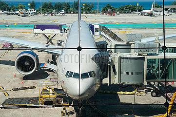 Phuket  Thailand  Boeing 777 Passagierflugzeug der Aeroflot auf dem Flughafen Phuket