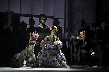 Komische Oper LA TRAVIATA