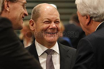 Treffen der dt. Bundeskanzlerin mit den Regierungschefs der Laender  Bundeskanzleramt