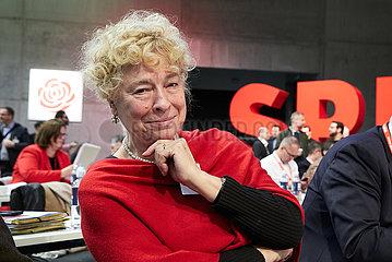 Berlin  Deutschland - Gesine Schwan auf dem Bundesparteitag der SPD.