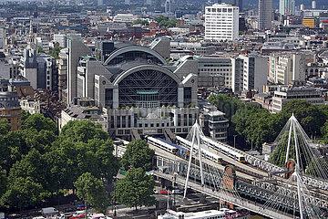London  Grossbritannien  Blick auf den Bahnhof Charing Cross