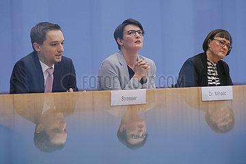 Bundespressekonferenz zum Thema: Halbzeit-/Zwischenbilanz Untersuchungsausschuss Breitscheidplatz