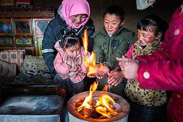 (InTibet) CHINA-TIBET SOZIALES DEVELOPMENT-ALLTAG-2019 (CN)