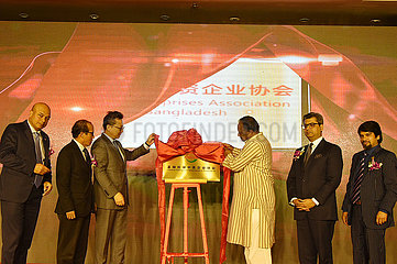 BANGLADESH-DHAKA-chinesische Unternehmen-VERBAND-ausstoßenden Zeremonie