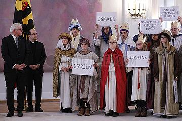 Empfang von Sternsingern aus dem Bistum Passau  Schloss Bellevue