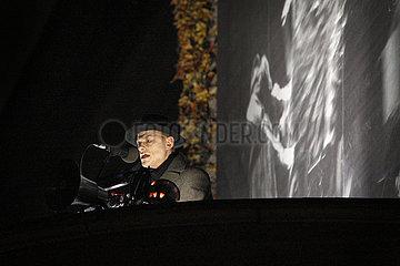 Berliner Ensemble DER AUFHALTSAME AUFSTIEG DES ARTURO UI