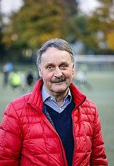 Peter Neururer  deutscher Fussballtrainer  Gladbeck  Ruhrgebiet  Nordrhein-Westfalen  Deutschland