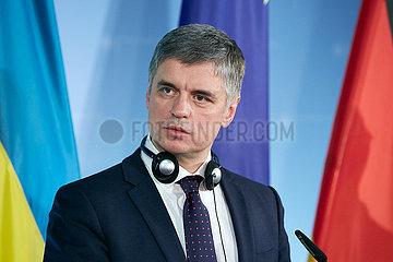 Berlin  Deutschland - Wadym Wolodymyrowytsch Prystajko  Aussenminister der Republik Ukraine bei einer Pressekonferenz.