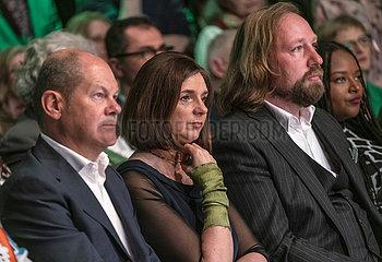 Scholz + Goering-Eckard + Hofreiter + Toure