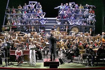 Komische Oper Berlin DIE TIEFE DES RAUMES...
