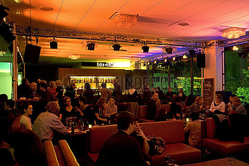 Deutsches Theater Berlin  box und bar