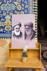 Iran  Verehrung der Religionsführer Khomeni und Chamenei | Iran  worship of the religious leaders Khomeni and Khamenei