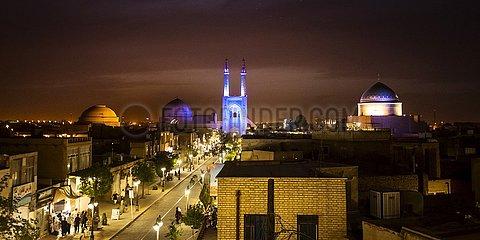 Iran  Blick über Yazd in der Abenddämmerung | Iran  view over Yazd at dusk
