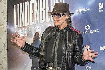 """Udo Lindenberg bei Filmpremiere """"Lindenberg! Mach dein Ding""""  Muenchen  2020"""