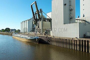 Silo-Anlagen der Agravis Raiffeisen AG in Oldenburg | silo systems from Agravis Raiffeisen AG in Oldenburg