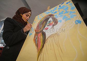 MIDEAST-GAZA-Artistin