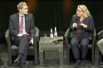 Daniel Gu¨nther  Svenja Schulze