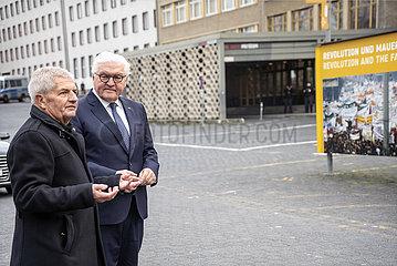 Jahn + Steinmeier