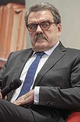Hugo Mueller-Vogt