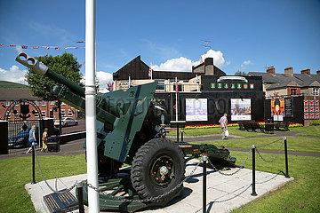Grossbritannien  Belfast - Mahnmal fuer Ulster-Einheiten der Britischen Armee im 1. Weltkrieg  Shankill Road  protestantischer Teil von West Belfast