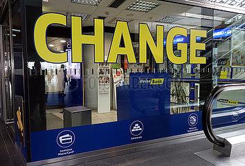 Berlin  Deutschland  Wechselstube im Hauptbahnhof