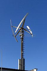 Berlin  Deutschland  Vertikalwindkraftanlage