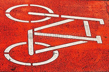Markierung Fahrradweg | marking bicycle path