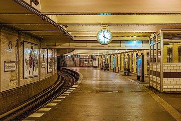 Berlin  U-Bahnstation Klosterstrasse | Berlin  underground station Klosterstrasse