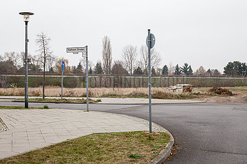 Brachflaechen in der Haltoner Strasse in Berlin-Biesdorf