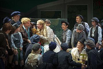 Komische Oper Berlin PETER PAN
