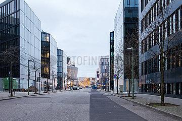 Neubau von Buerogebaeuden in der Valeska-Gert-Strasse in Berlin-Friedrichshain