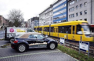 carsharing stadtmobil in Essen Ruettenscheid  Ruhrgebiet  Nordrhein-Westfalen  Deutschland